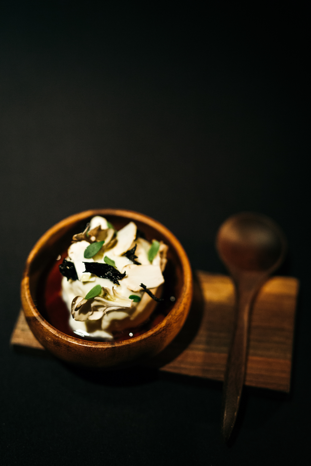 Aska - Food - Birchwood Ice Cream _ Mushrooms (ph Ingrid Hofstra).jpg